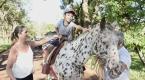 Núcleo de Equoterapia da UENP atende crianças com necessidades especiais
